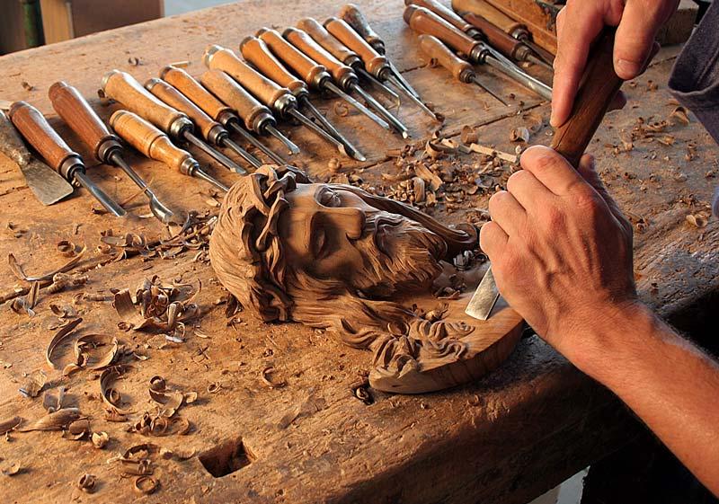 Arte sacra raffigurazioni religiose artigianali sacro for Ccnl legno e arredamento artigianato